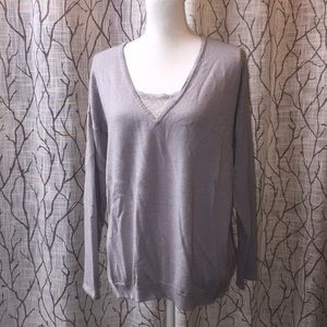 Sweaters - Grey v-neck sweater with lace accents